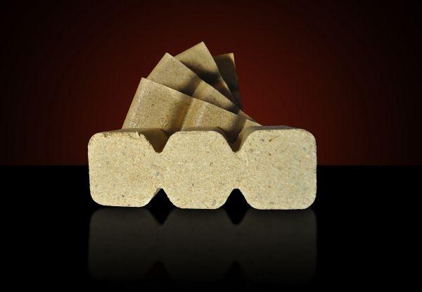 Holzbriketts extra groß aus Nadelholz in Würfelform, Verkauf ab Lager oder mit bundesweiter Lieferung