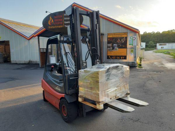 Holzbriketts: 150 kg Halbpalette zum testen, Zusammenstellung nach Wunsch | inkl. Versand